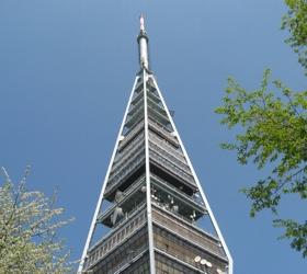 Rozhlasové vysielače prevádzkuje na Slovensku 32 spoločností, najviac Towercom