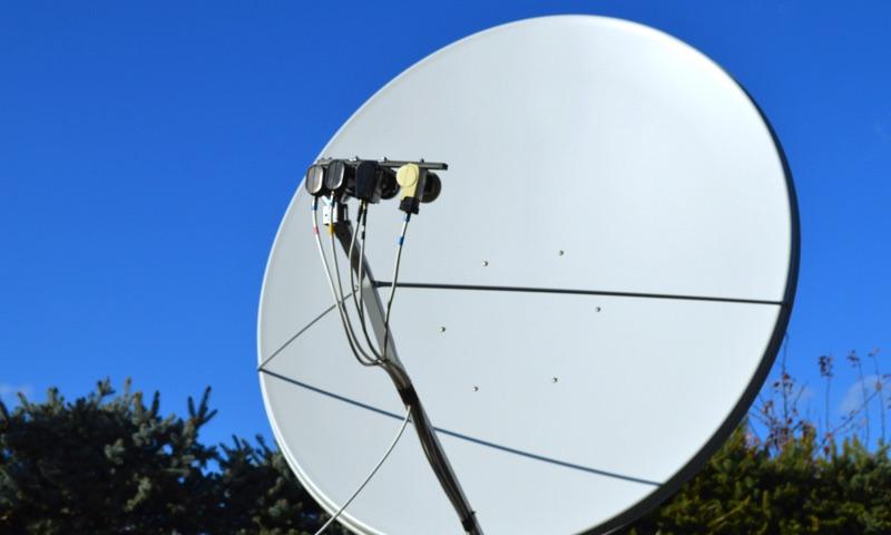 Tri nekódované kanály BBC sa presúvajú na Astru 2D